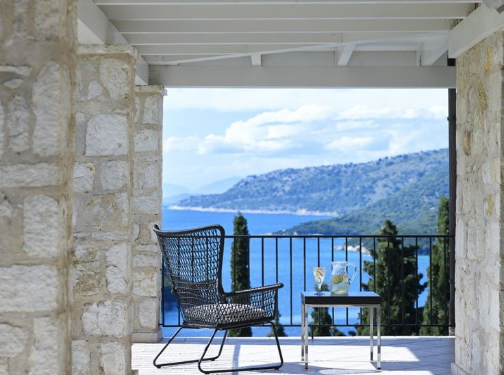 Villa Brisa is a beautifully designed villa with elegant, contemporary styling. This privately owned Villa is perched on the hillside and enjoys breathtaking views across the picturesque coastline of Sivota.