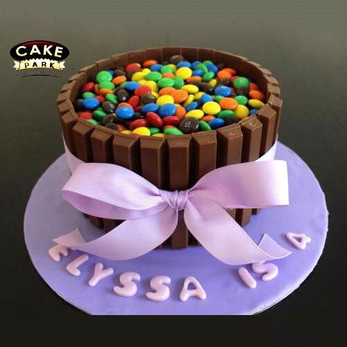Is there anyone like gems or kitkat?  ‪#‎cake‬ ‪#‎toomuchchocolate‬ ‪#‎lovechocolate‬ ‪#‎Gemscake‬ ‪#‎Kitkatcake‬ ‪#‎Chocolatebunchthemecake‬ Place your order online to grab this: www.cakepark.net / call us @ +91-44-4553 5532 ‪#‎cakepark‬