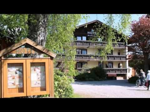 Birkenhof Pension mit Herz - Pfronten - Visit http://ift.tt/251W7vP This traditional Bavarian hotel offers country-style rooms and apartments free WiFi and a daily breakfast buffet. It is located in Pfronten at the foot of the Allgäu Alps. -http://youtu.be/LFr8aHndQRE