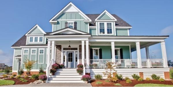 Love the look of this home. BEACHY!