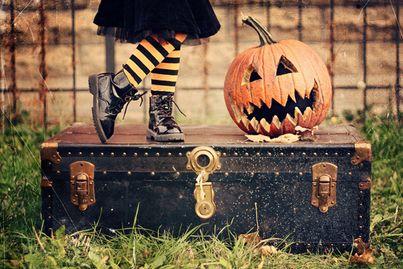#Halloween è alle porte ed è tempo di #dolcettiescherzetti! Condividete con noi i costumi dei vostri bimbi e gli scherzetti più divertenti! #conlatestatralenuvole