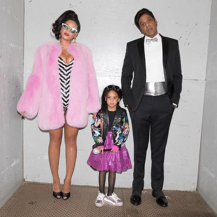 Beyonce, Jay Z and Blue Ivy as Barbie and Ken for halloween