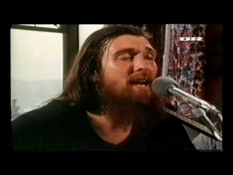 """.. AnyBody Remember this Band ?!? .. Dr Hook & The Medicine Show -  """"Carry Me, Carrie"""" 