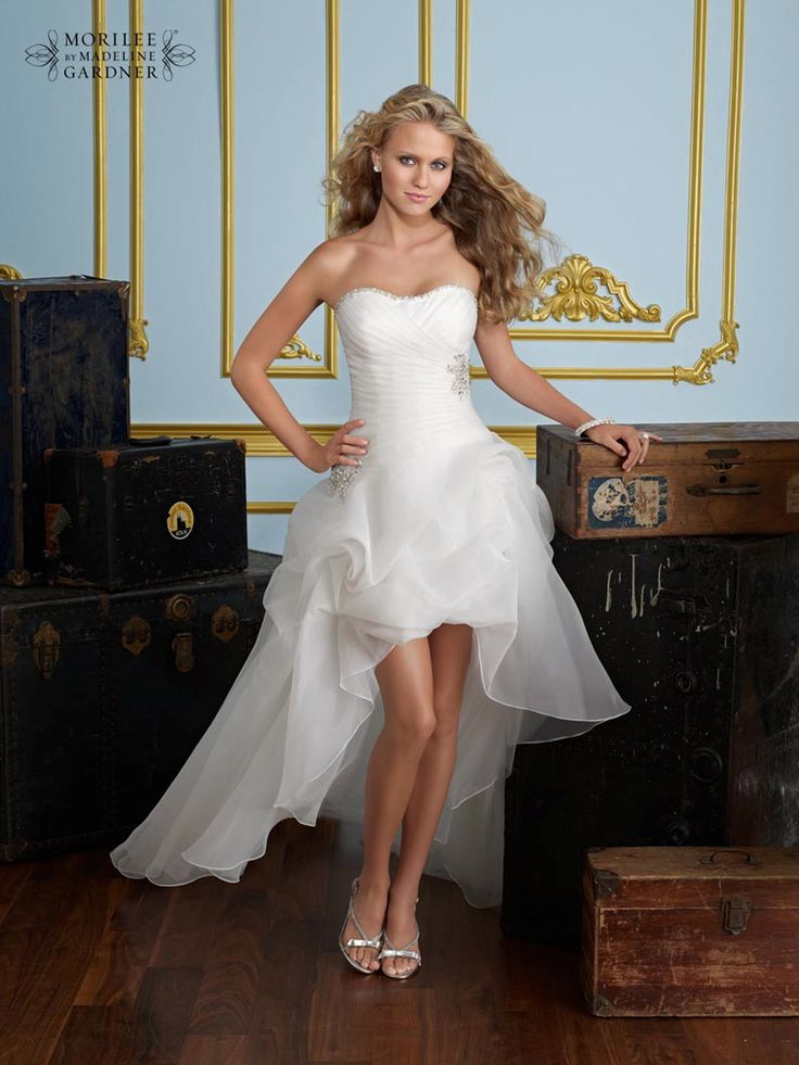 27 best Quirky wedding gowns images on Pinterest   Short wedding ...
