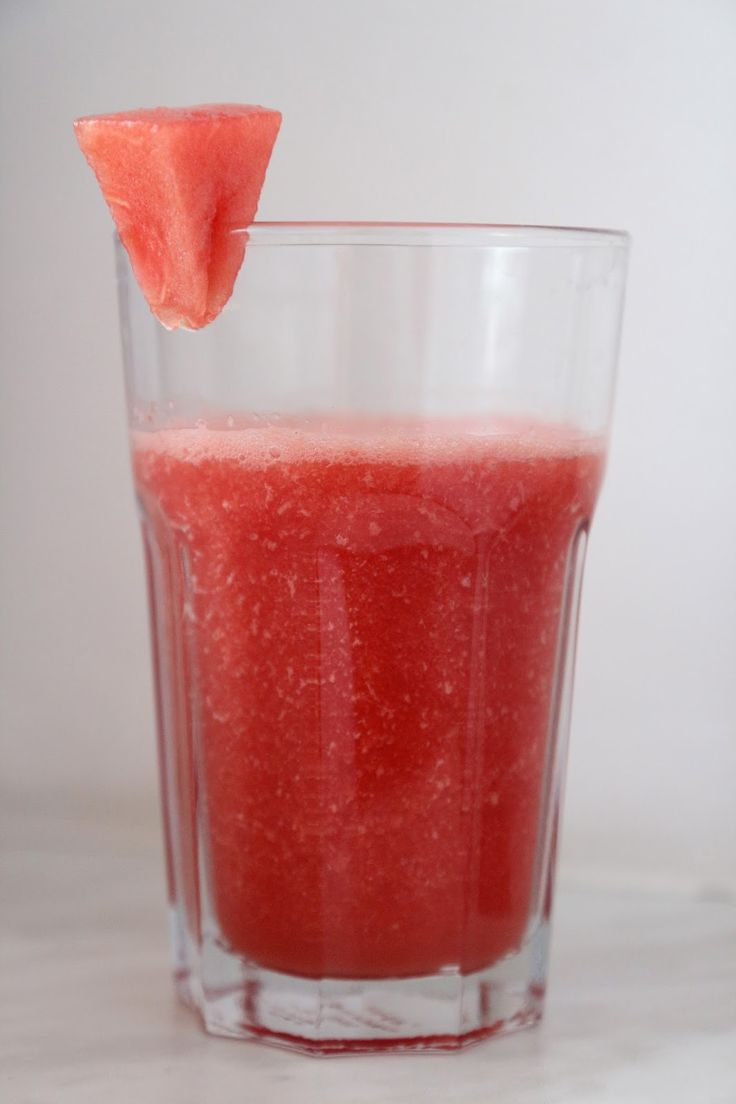 Fresh melone drink. Perfect for hot summer days ☼
