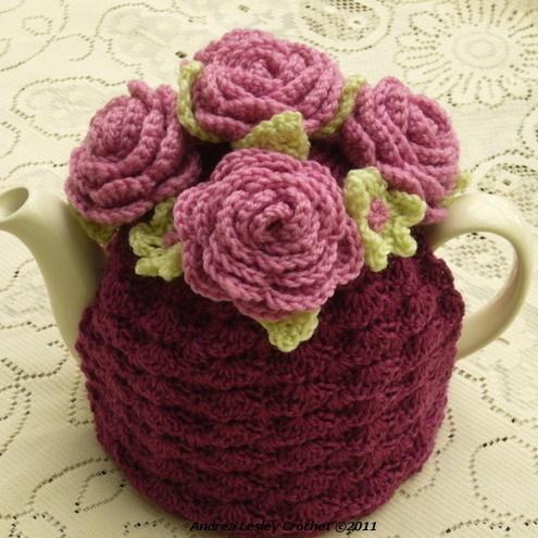 Flowery tea cosy