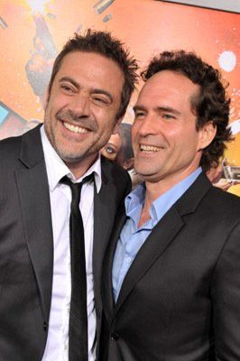 Jason Patric and Jeffrey Dean Morgan at event of The Losers (2010)