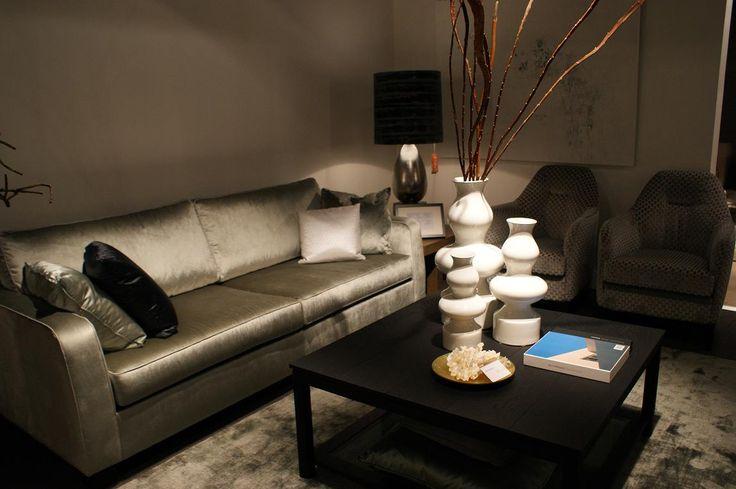 BAAN Showroom Waddinxveen I De Armani bank en Temi fauteuils zijn een super combinatie. Erg chique, maar toch stoer en eigentijds. l 2014