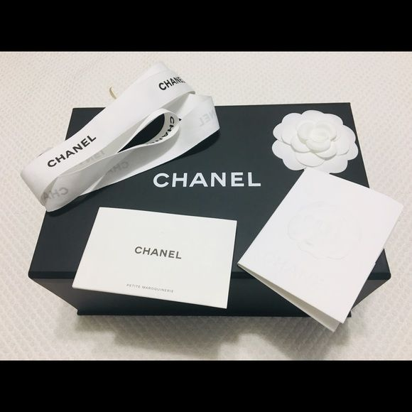 Chanel 10 X 6 5 X 3 5 Magnetic Gift Box Plus Extra Chanel I Only Sell 100 Authentic Chanel Iconic Black Magnetic Gift Magnetic Gift Box Chanel Leather Care