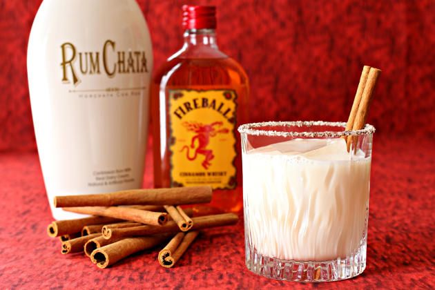 Cinnamon Toast Crunch Cocktail is a great cocktail made with Rumchata. Sweet and spicy!