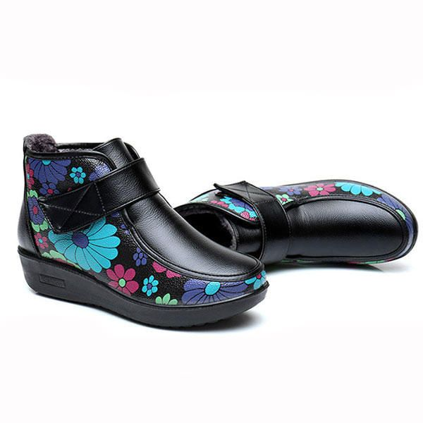 Boots Women Winter Leather Flower Keep Warm Outdoor Ankle Boots - US$31.88