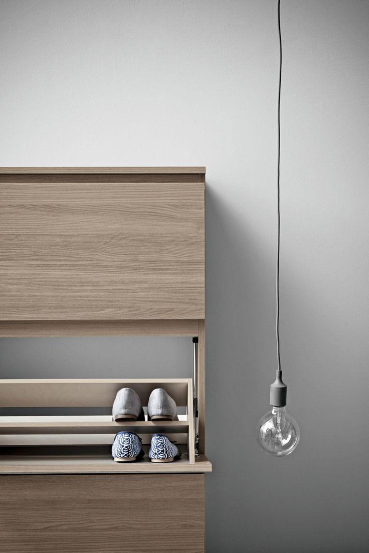 die besten 25 lampe flur ideen auf pinterest moderne leuchten lampen f r wohnzimmer und. Black Bedroom Furniture Sets. Home Design Ideas