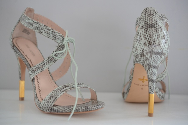 mint green heels featured on Cupcakes and Cashmere - 5 Things. @Emily Schoenfeld Schoenfeld Schuman / Cupcakes and Cashmere