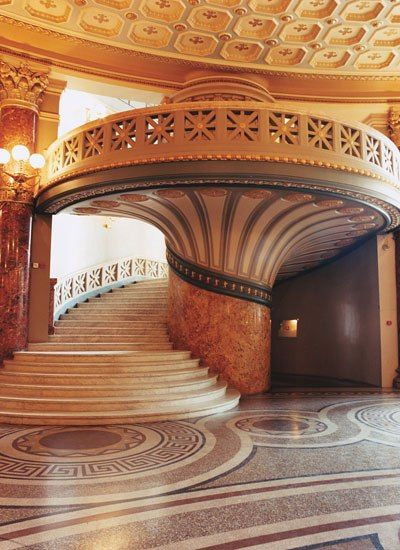 The neoclassic Romanian Atheneum, constructed in 1888 by French architect Albert Galleron, is home to the George Enescu Philharmonic Orchestra.