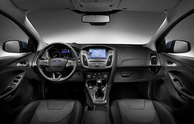 2016 Ford Mondeo inside