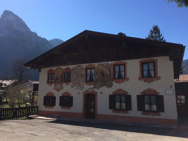 Huur een appartement in Oberammergau, Opper-Beieren met 1 slaapkamer, vanaf €80 per night. Voor een complete vakantie - HomeAway