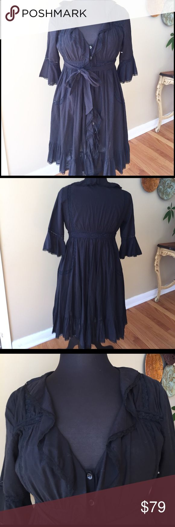 Free People  Lace Dress / Duster Size 8 NWOT Free People Lace Duster / Dress. Size 8. 100% Cotton.  This Free People Is a Wardrobe Basic.  It gives you many styles in one item. Button up front with Ruffle accents. Dress up or down. This is semi Sheer. It can be worn over another item to give it a whole other look. 🚫trades. Please ask all questions prior to buying Free People Dresses Midi