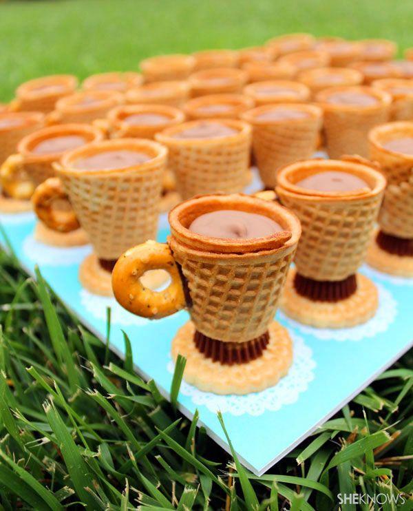 Edible teacup cookies recipe: Desserts, Teacups Cookies, Teas Cups, Chocolates Factories, Recipes, Chocolates Puddings, Peanut Butter, Teas Parties, Edible Teacups