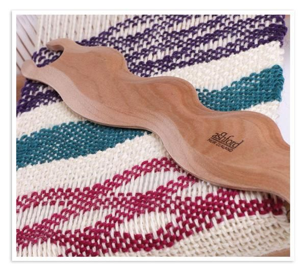 Ashford Wavy Stick Shuttles Creates Awesome Weaving Patterns on your Loom! NEW