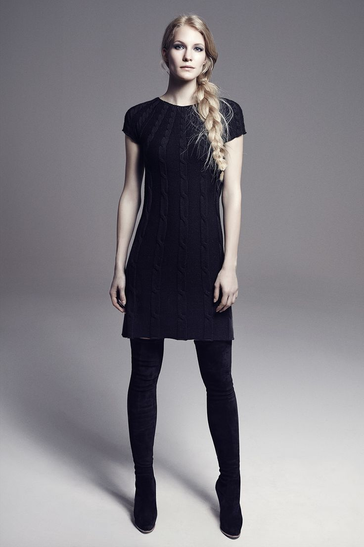 JERRY - Cap-Sleeve Above-the-Knee Wool Cable Knit Dress