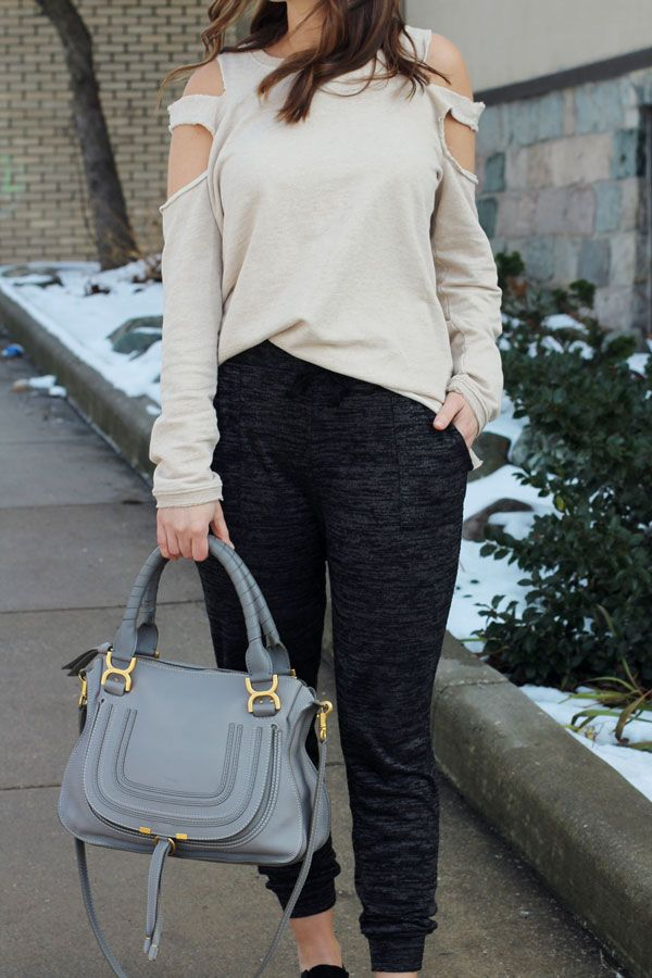 jillgg's good life (for less) | a west michigan style blog: my everyday style: jogger obsession! #joggers #joggeroutfit #chloe #coldshoulder #athleisure