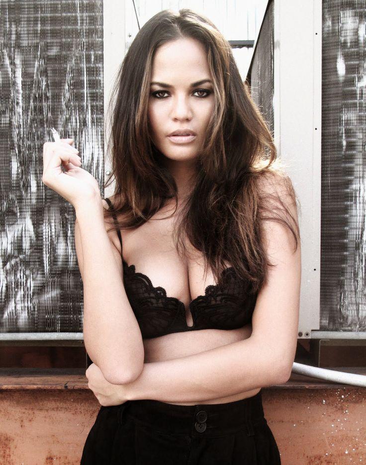 Christy Teigen in this glamorous bra