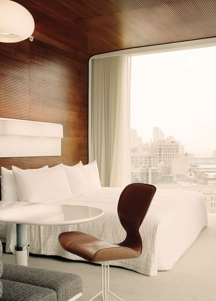 The Standard Hotel NY. Love the wall and ceiling.
