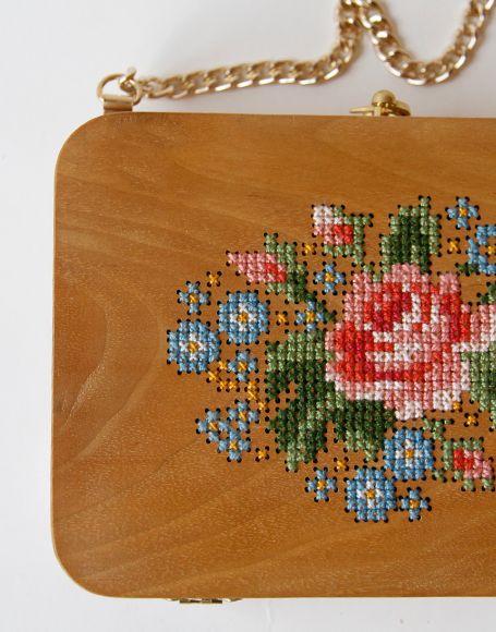 GRAV GRAV - Walnut Wood Embroidery Purse #gravgravco #boxpurse #woodenbag #purse #embroidery