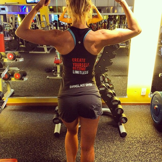 Time to Hang up the bikini for 10 days and get back into the weights. Thanks to Limitless for now getting me training in style and motivating those around me earnt not given! Time for Shoulders into Boulders! Lisa G xx