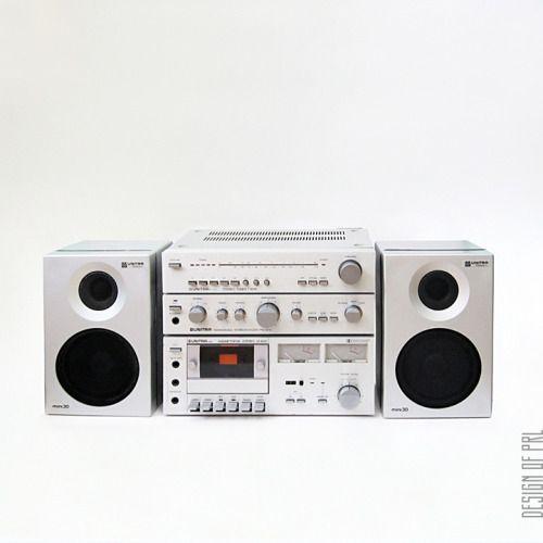 1980, Zestaw muzyczny ZM-8000 produkowany przez firmy z zrzeszenia UNITRA (Fonica, Tonsil, ZRK, Eltra). Wieża składała się z magnetofonu (M-8010), tunera (T-8010), wzmacniacza (PW-8010) i kolumn (mini30). Dopełnieniem zestawu mógł być gramofon (G-8010), timer (TI-8010) oraz korektor graficzny (EQ-8000). Zestaw zaprojektowali: Grzegorz Strzelewicz, Zygmunt Ruszkiewicz, Ryszard Maciejewski, Jerzy Trojanowski, wyglądem kolumn zajął się Krzysztof Sadowski.