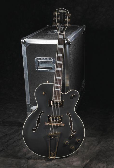 gretsch guitarsG5191 tim armstrong electromatic hollowbody electric guitar.