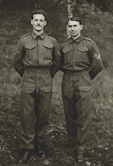 Arthur Evans on the right.