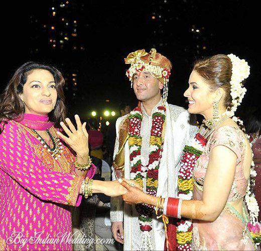 Singer Raageshwari Loomba Wedding Pictures | Bigindianwedding.com