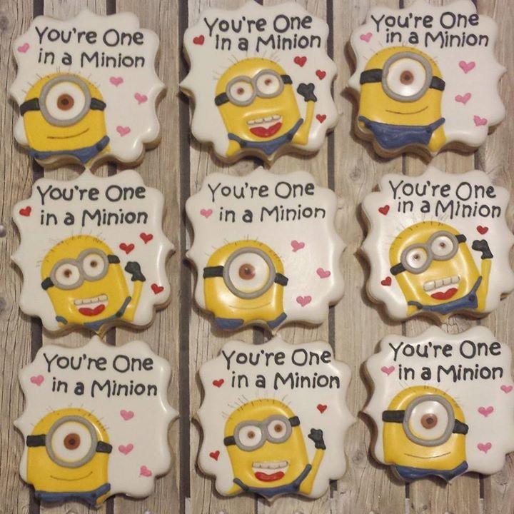 Valentine Minion cookies