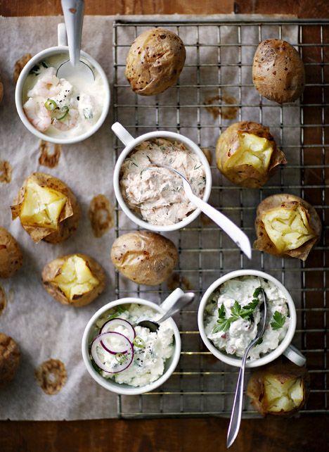 Oven baked potatoes and toppings, Kotivinkki