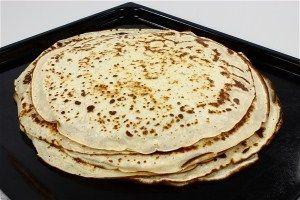 'Lette' pandekager - En opskrift fra Alletiders Kogebog blandt over 38.000 forskellige opskrifter på