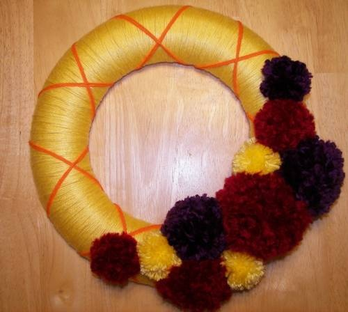 Fall Yarn Wreath. Yarn Pom-poms. Easy enough!