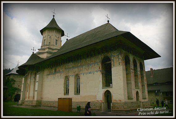 Although it is situated in the Suceava district, this superb monastery is situated in the north part of the Moldova area and dates back to the year 1532, build under the reign of Petru Rares. Because of the amazing paintings on the inside and the outside of the building, this monastery has been included in the world heritage UNESCO list…