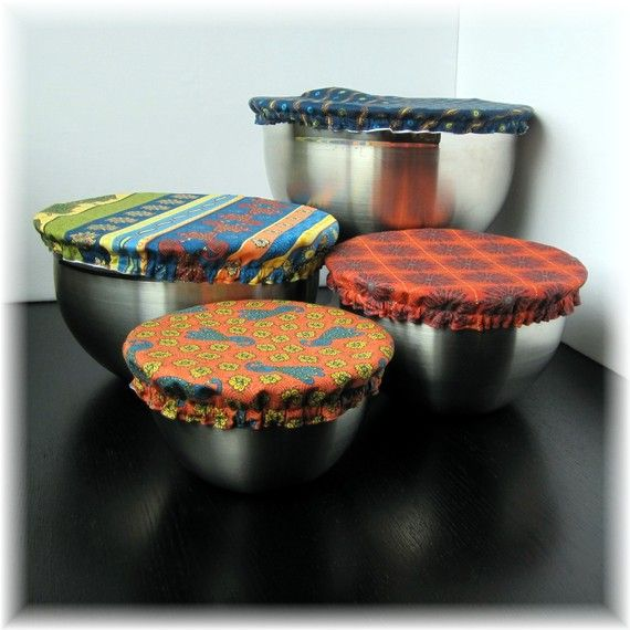 How neat is this! For bowls with no lids, sew an elastic fabric cover that fits over the top and can be reused after machine washing. GREAT gift idea too.