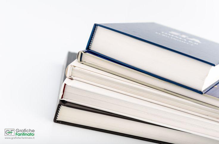 Libri stampati a 4/4 colori e rilegati a filo refe con copertina rigida e sovracoperta. www.grafiche-fantinato.it