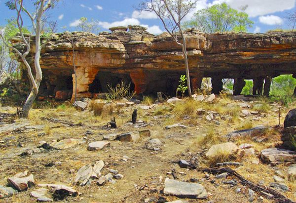 """""""The Gabarnmung Rock Shelter, owned by the Jawoyn tribe of Australia's Northern Territory, is covered with Aboriginal art paintings dating back 35,500 years. Only 26 non-indigenous visitors have ever been invited into this sacred space, a naturally formed temple nestled into a sandstone formation.""""  Read more: http://www.oprah.com/oprahshow/The-Sacred-Gabarnmung-Cave-in-Australia/#ixzz2hdokcoVu The Sacred Gabarnmung Rock Shelter in Australia - Oprah.com"""