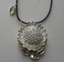 protea king pendant www.saveta.co.za