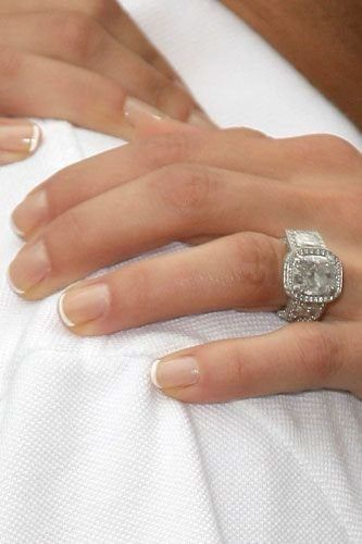 Stars And Their Engagement Rings From Angelina Jolie Kate Middleton Jennifer Aniston