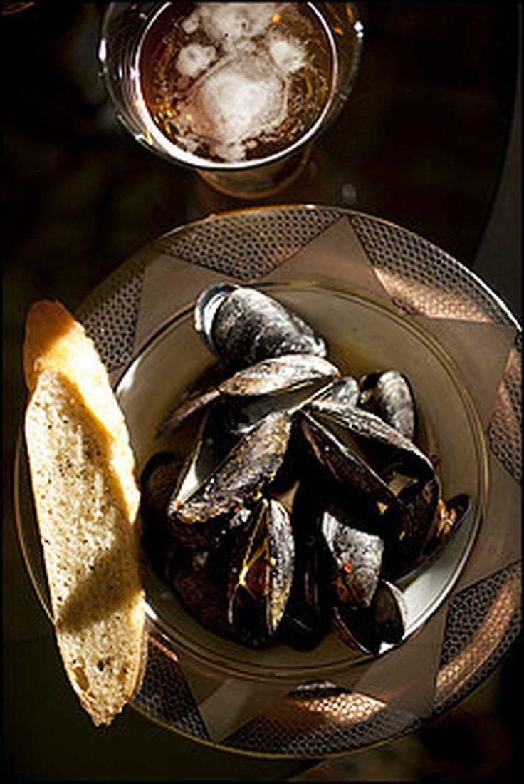 Luxury Jerk Mussels