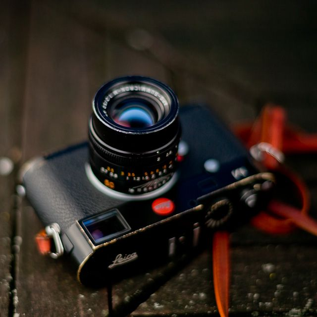 A cool interview with the designer of Leica's famed 50mm lens.