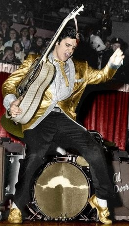 This photo was taken at one of the four shows Elvis did in 1961 to benefit the Arizona Memorial. After these four shows Elvis would not perform live until 199