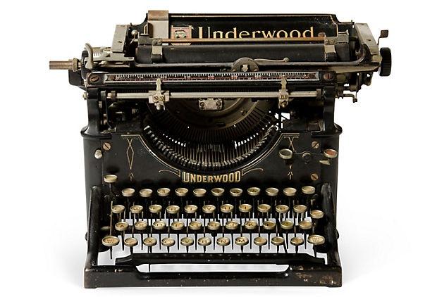 Black Underwood Typewriter, C 1910