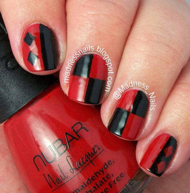 Madness Nails: #31DC2014: Red Nails aka Harley Quinn Nails