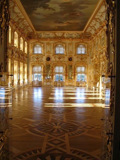 Palace of Peterhof - St Petersburg, Russia