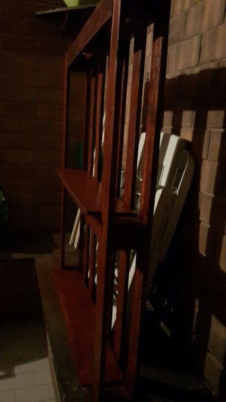 Libreria con pallet